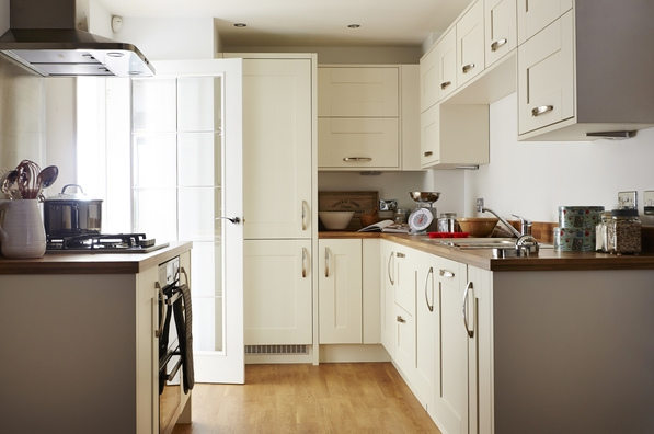 Light and bright kitchens taylor wimpey for Show me some kitchen designs