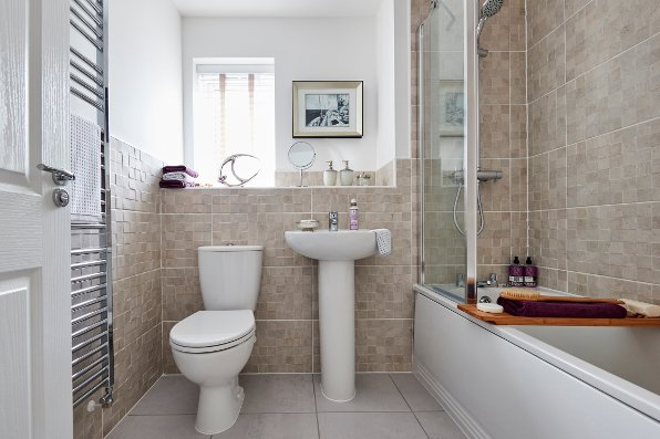 Beautiful bathrooms taylor wimpey for Show home bathrooms
