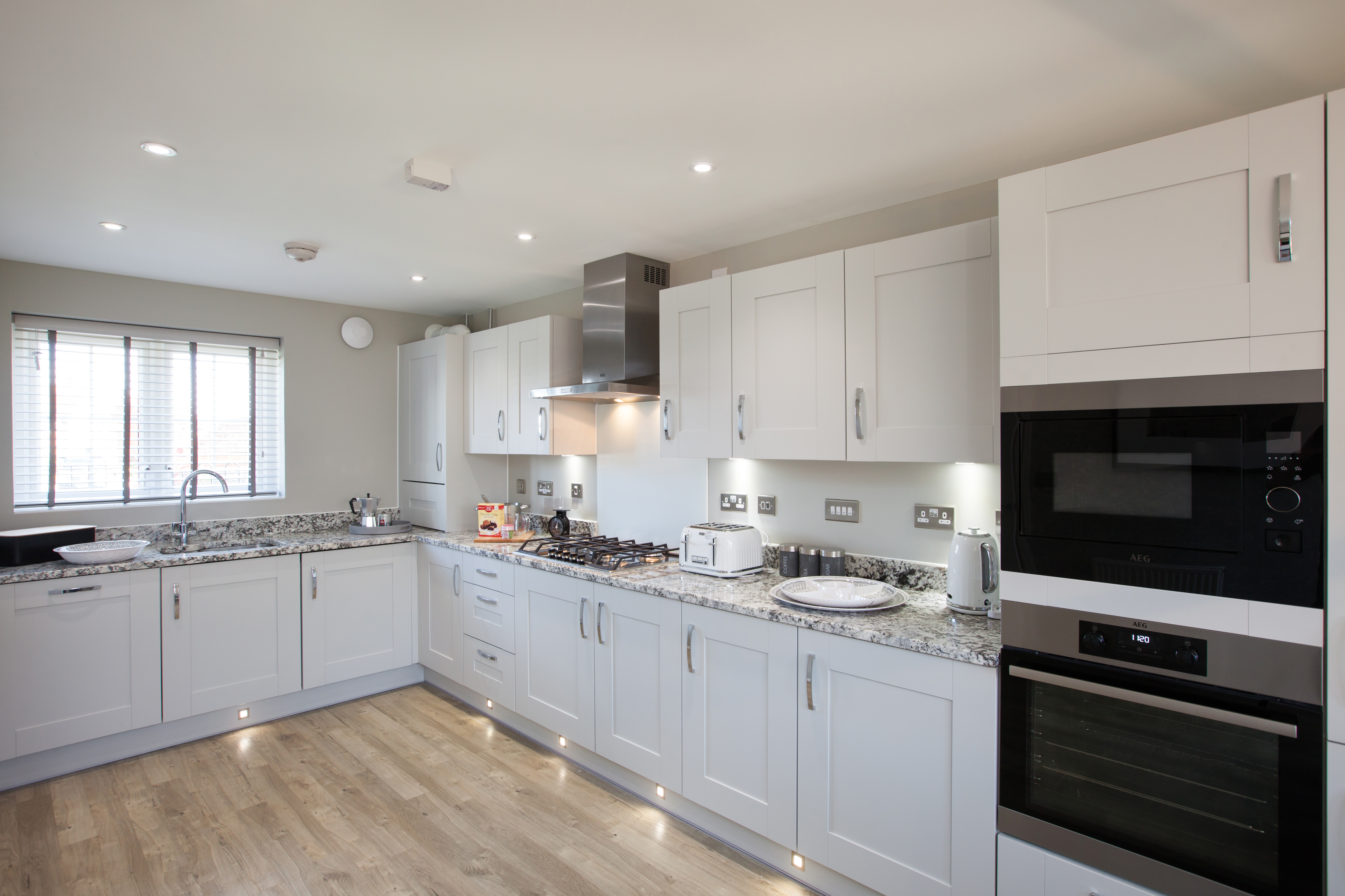 How to choose your perfect kitchen worktop | Taylor Wimpey