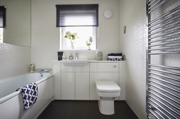 Visit our show homes taylor wimpey for Show home bathrooms