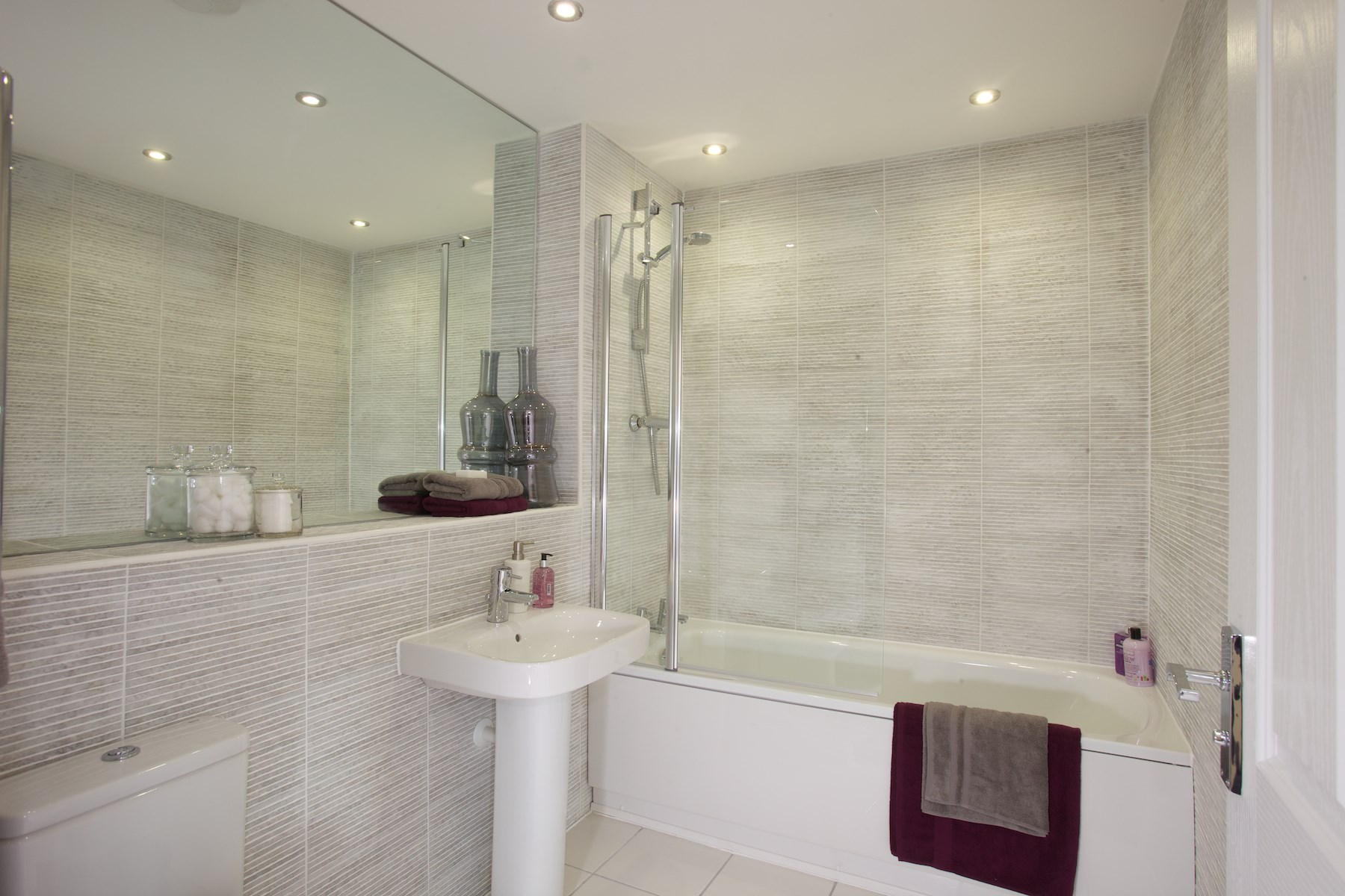 Plot 1852 the crofton mayberry place wonderful homes for Show home bathrooms