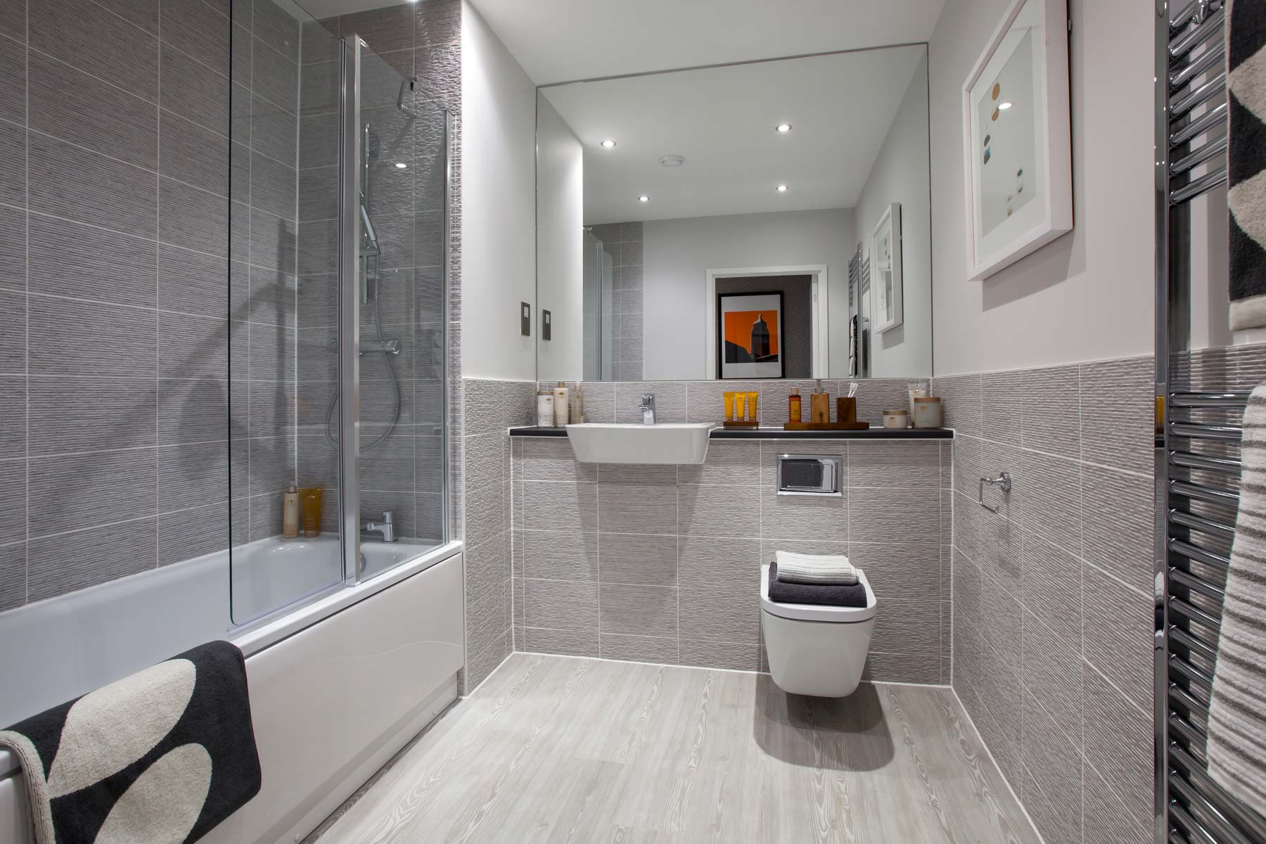 Eclipse taylor wimpey for Show home bathrooms