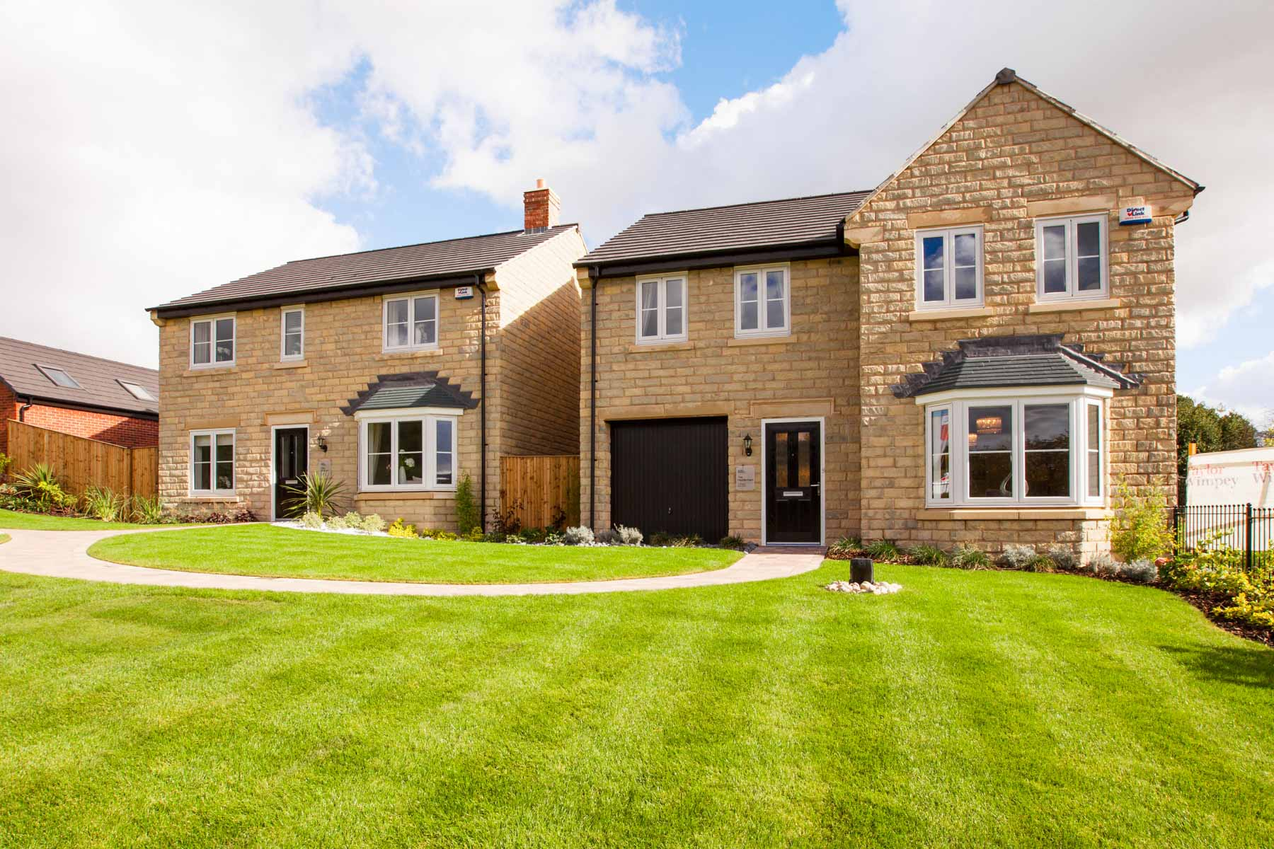Taylor wimpey at north road glossop taylor wimpey for The laurel house