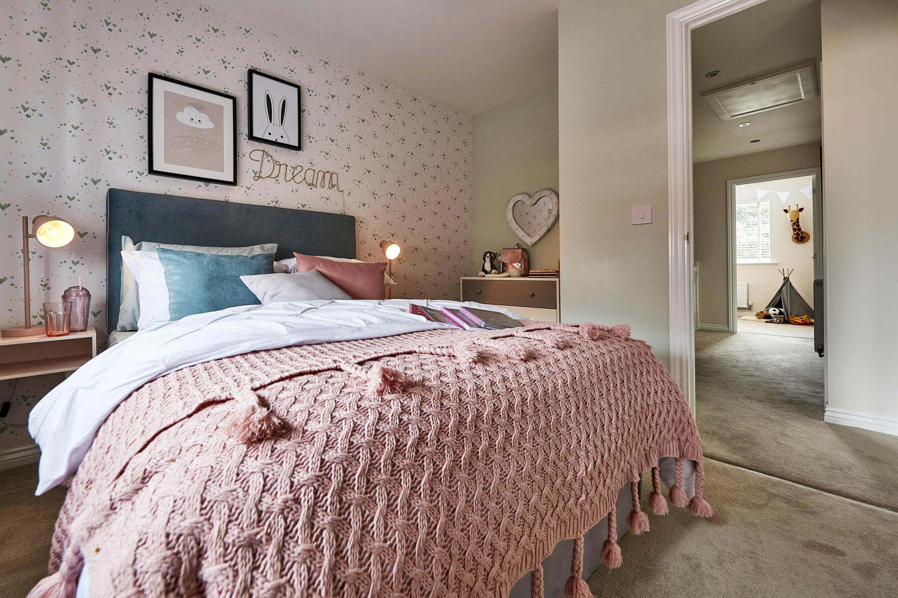 Midford bedroom at Edwalton Chase
