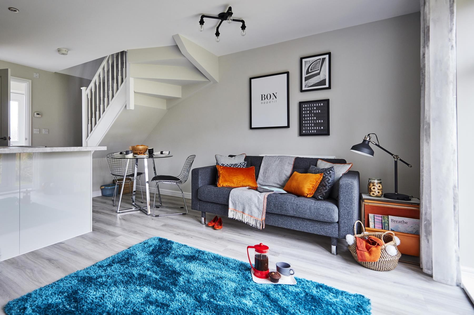 5 Ideas For Using Blue In The Living Room Taylor Wimpey