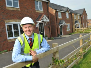 National Apprenticeship Week - Taylor Wimpey Site Manager Daren Clark web