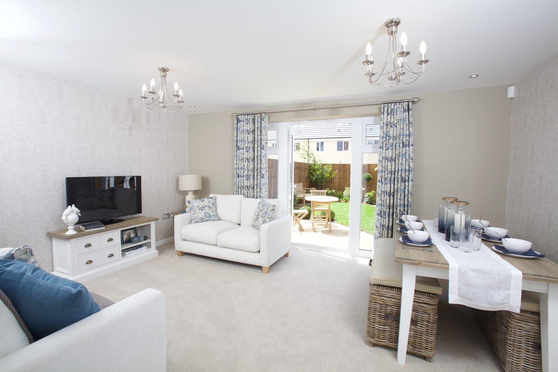 Kings Down showhome Crofton - Living room
