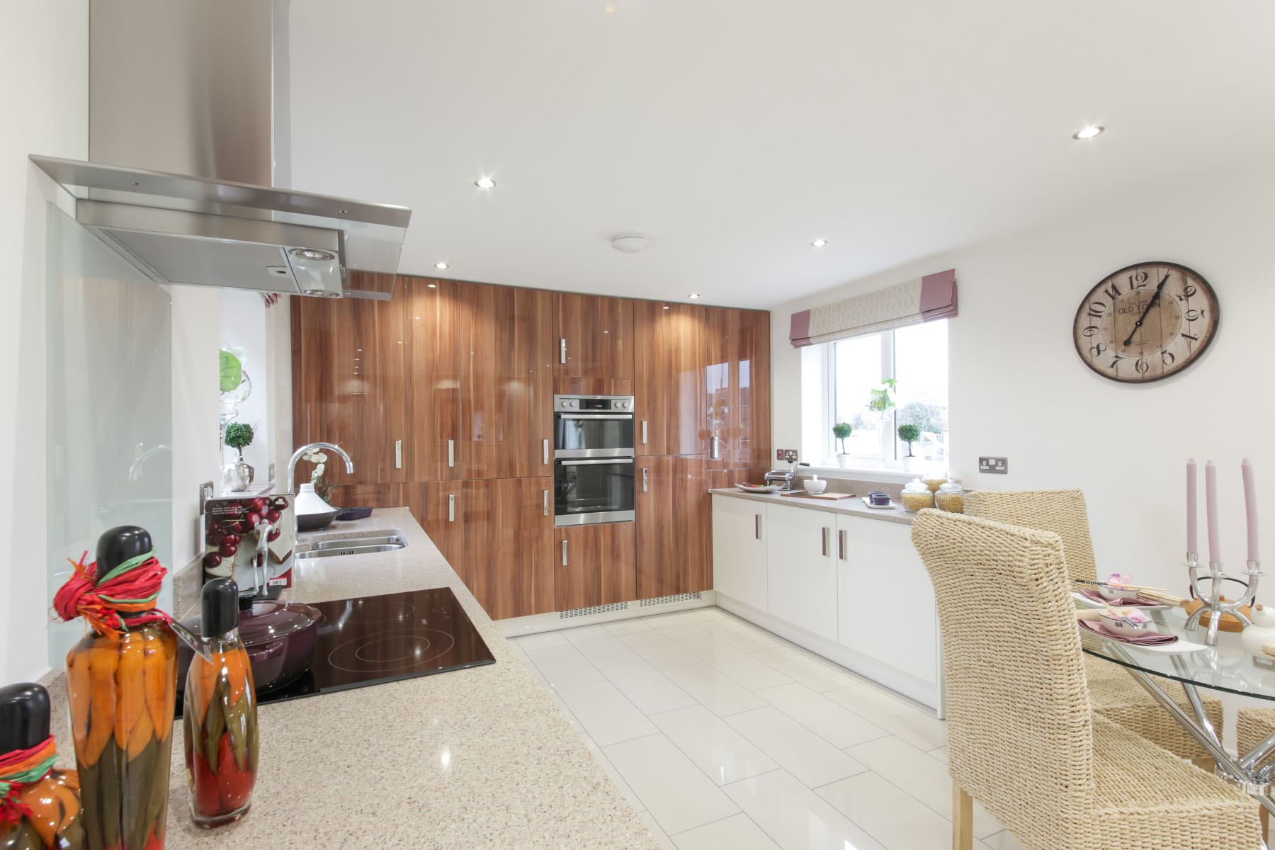 Typical Taylor Wimpey kitchen