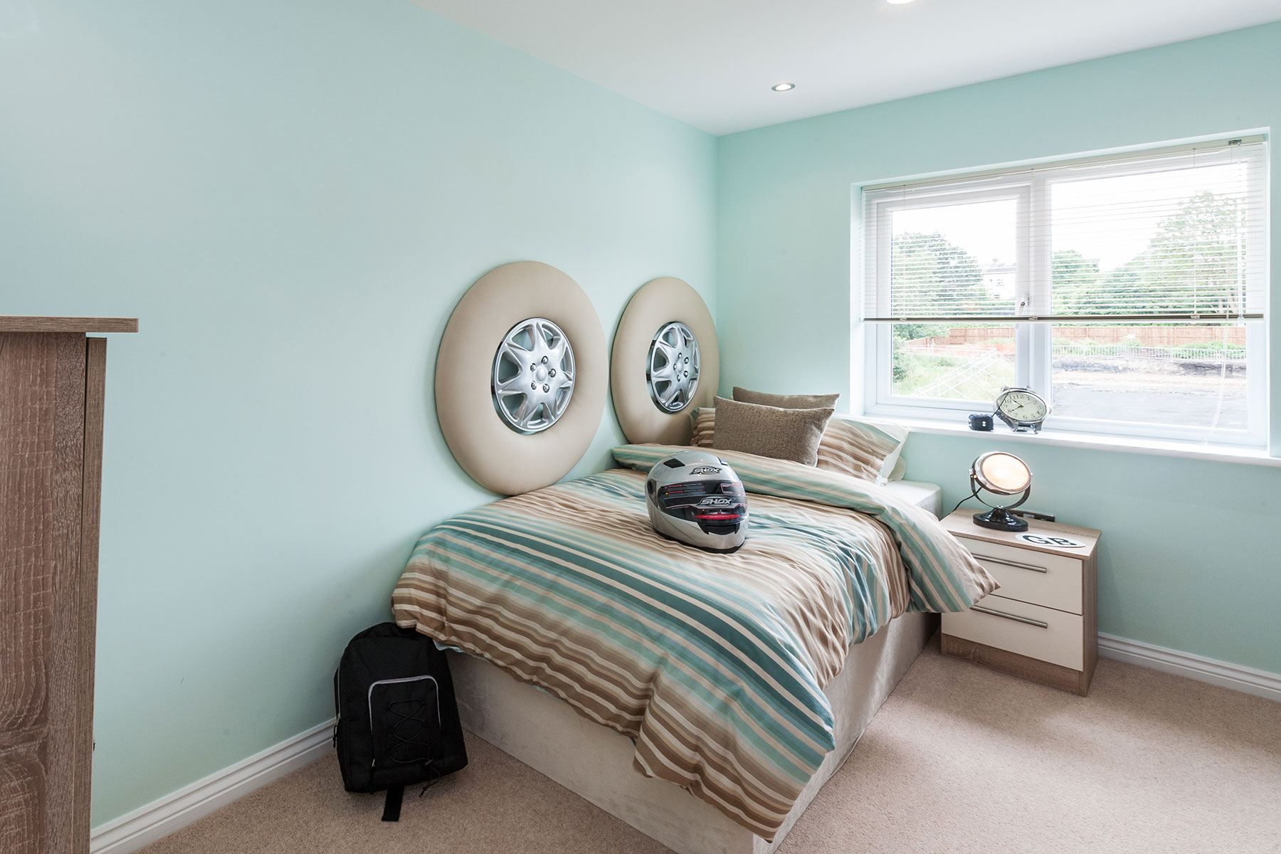 Typical Taylor Wimpey bedroom