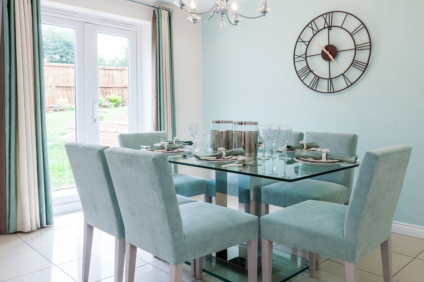Typical Taylor Wimpey dining area