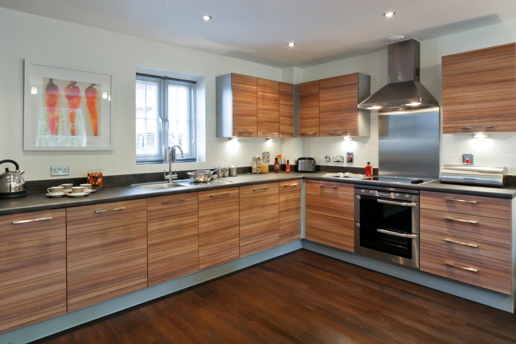 Taylor Wimpey -Typical kitchen