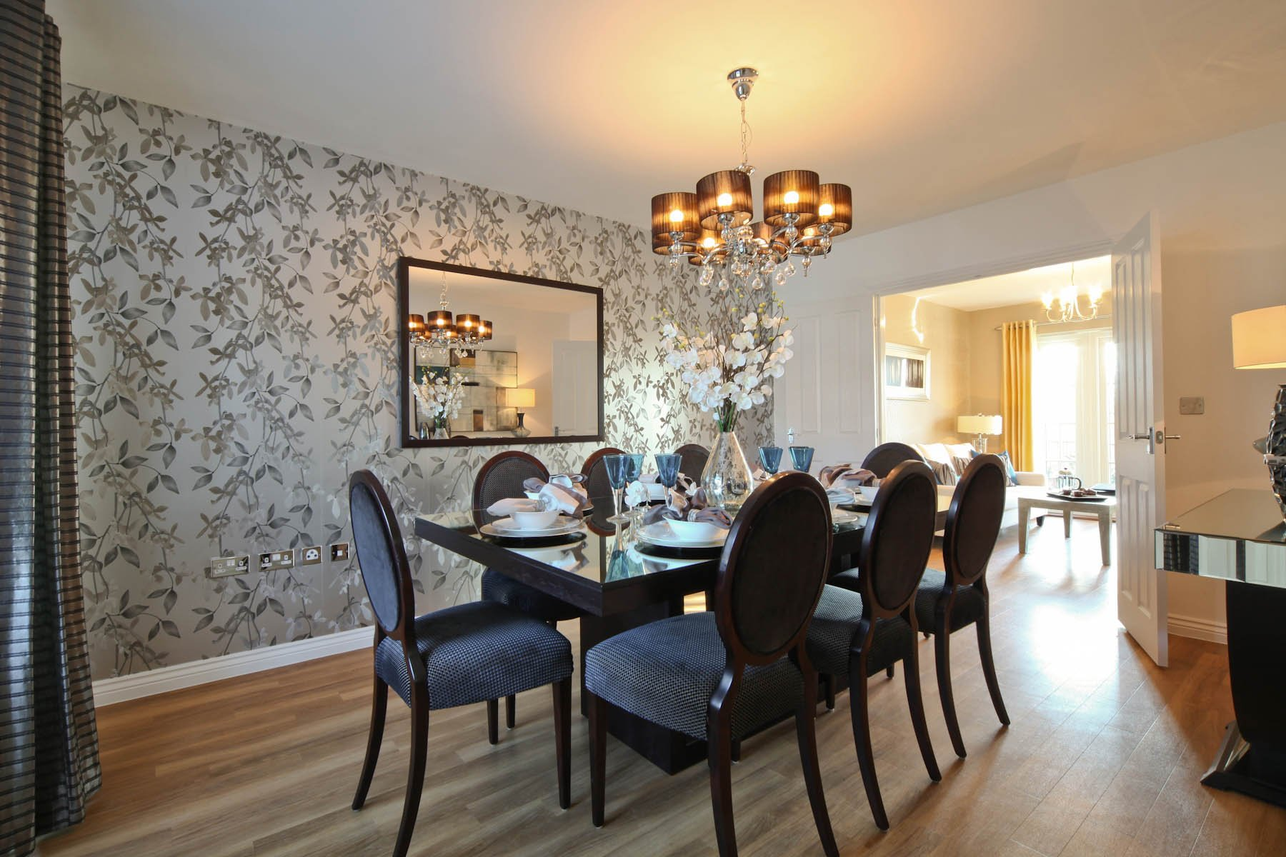 Taylor Wimpey typical dining room