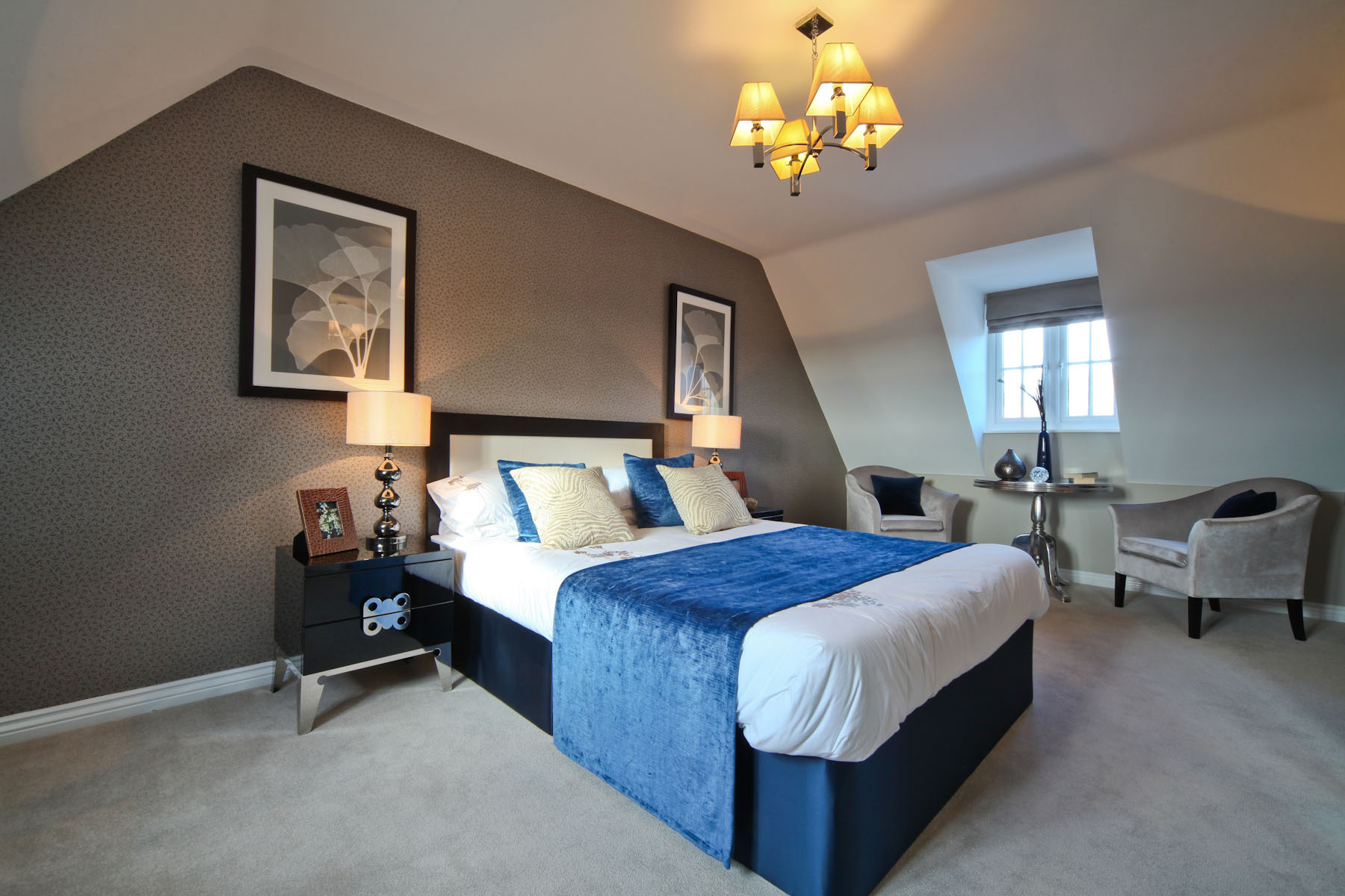 Taylor Wimpey typical second bedroom 2