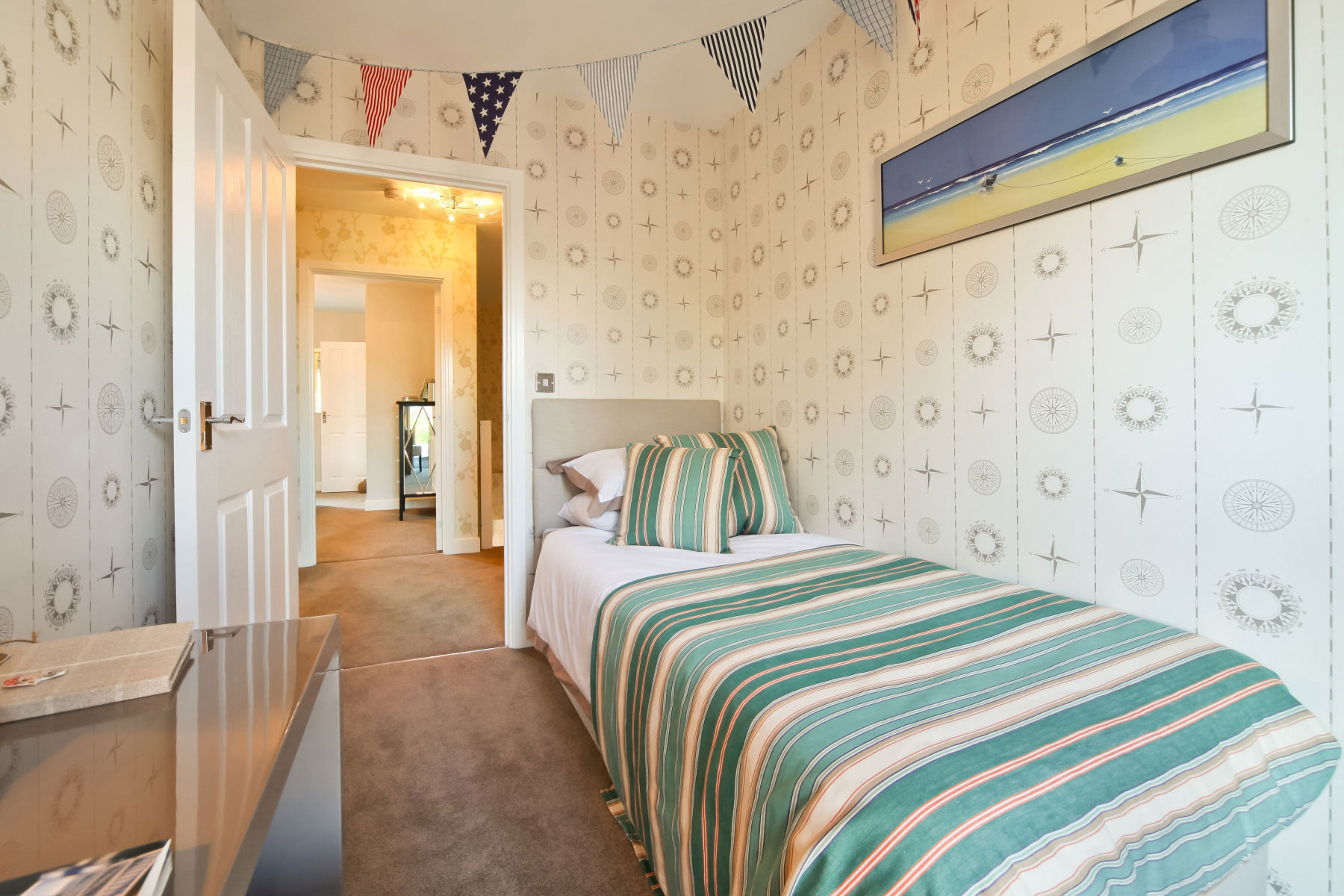 Taylor Wimpey - Typical Bedroom-4