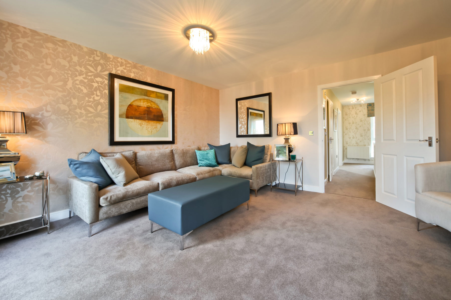 Taylor Wimpey - Typical Living-Room