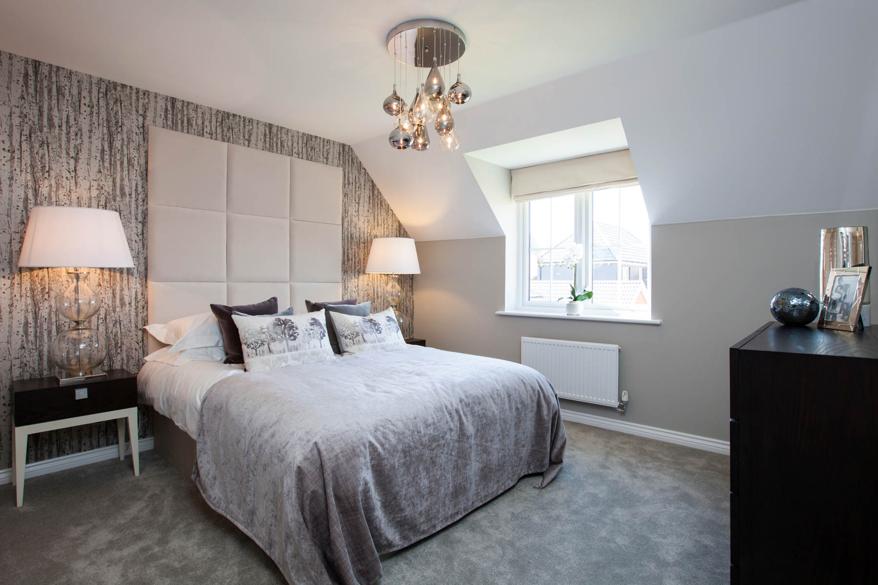 TW East London The Windsor-Bed 2