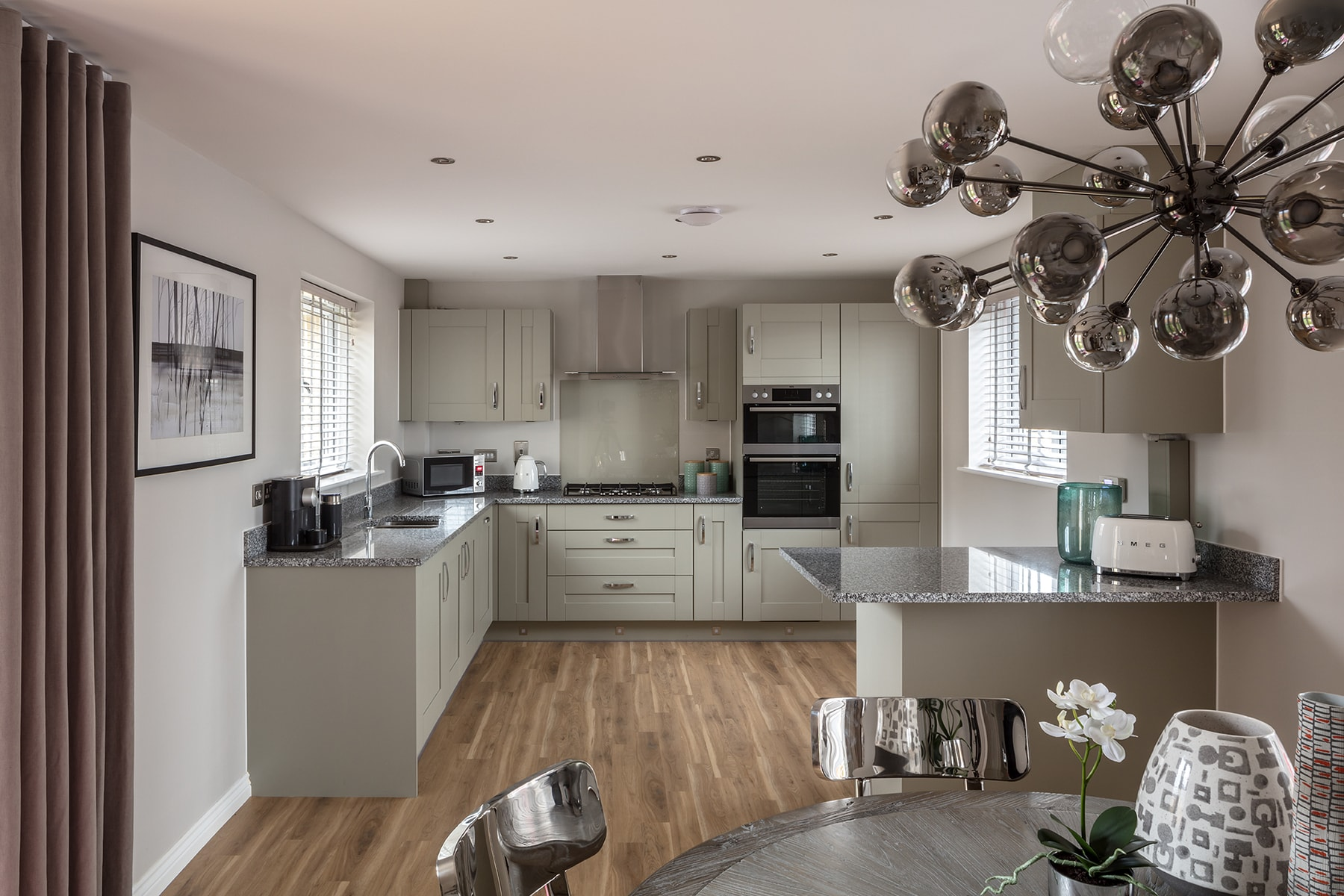 Parva Place Langdale_Kitchen_Din