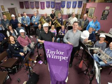 NEWS - TWEM - Band donation
