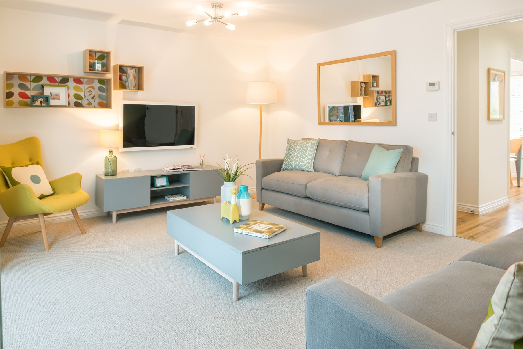 TW Exeter - Buckingham Heights - Flatford example living room