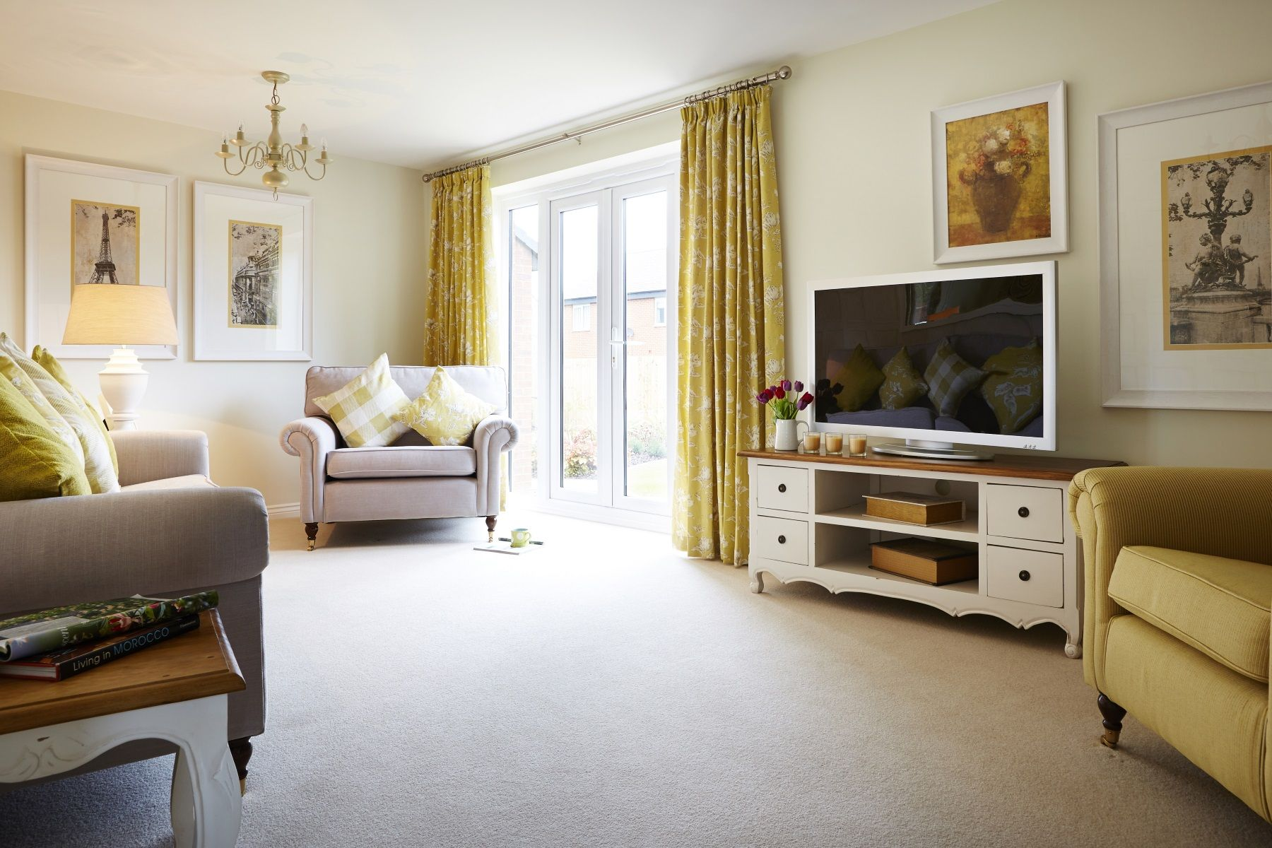 TW Exeter - Buckingham Heights - Trusdale example living room