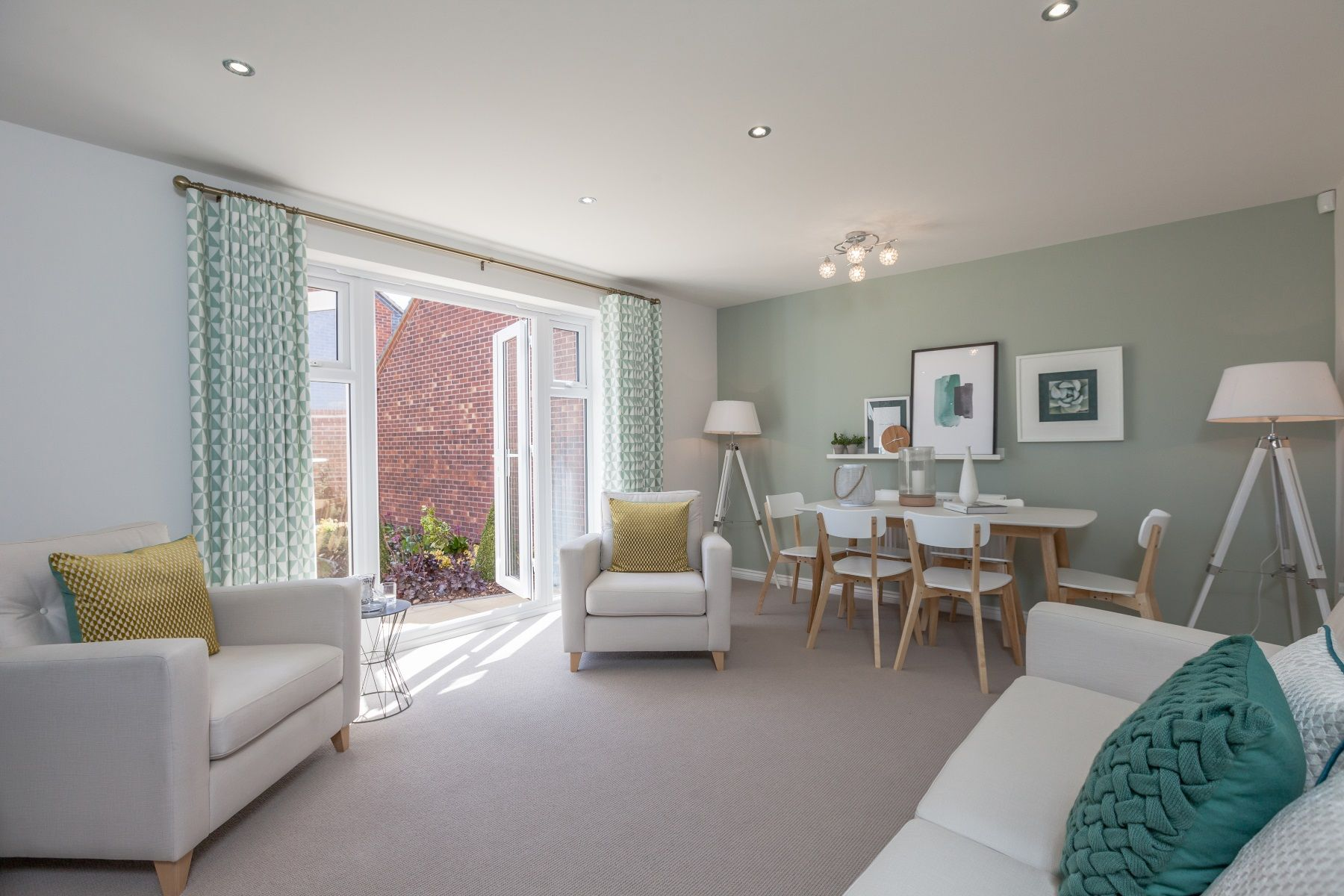 TW Exeter - Cranbrook - Hamborough example living room