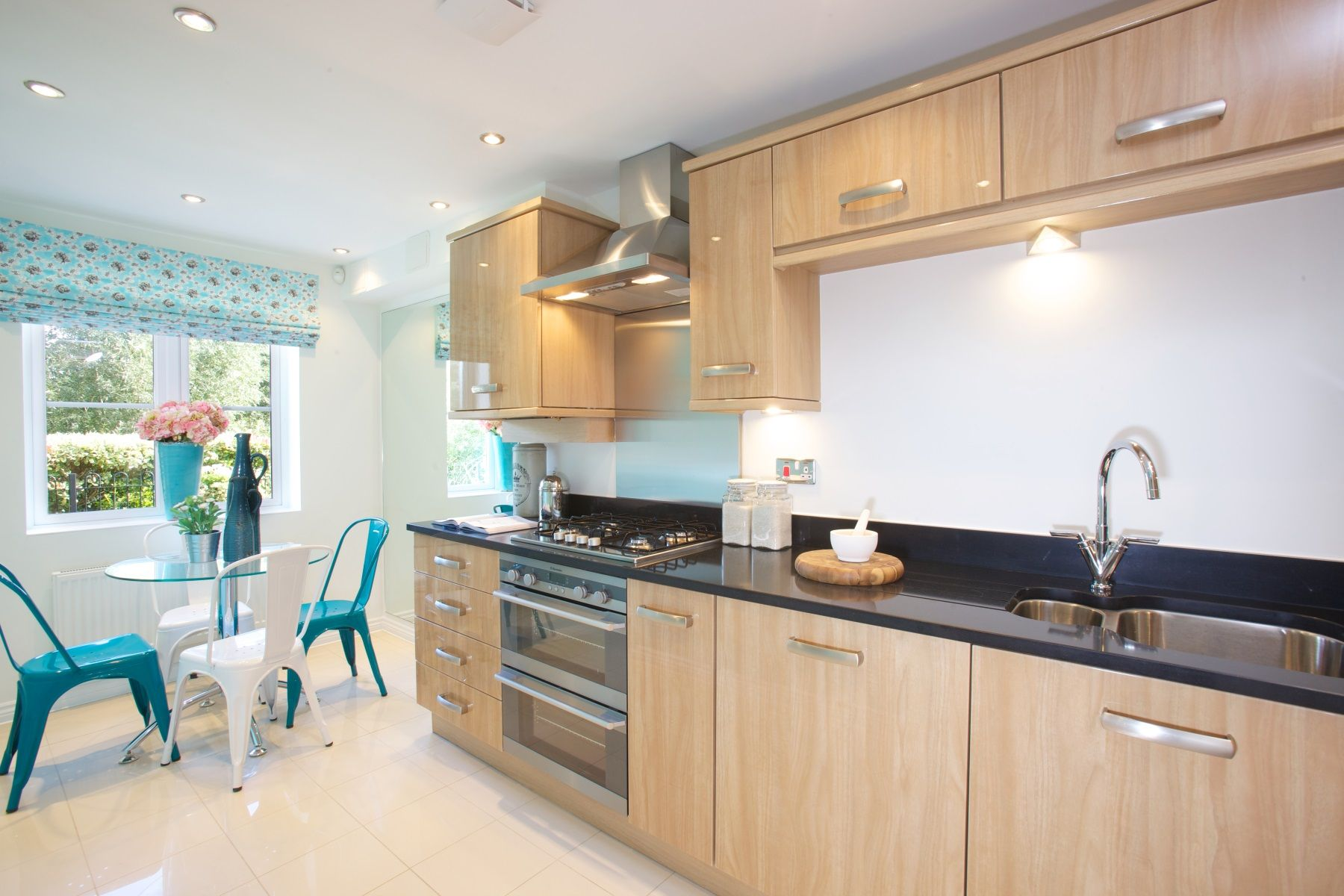 TW Exeter - Cranbrook - Hamborough example kitchen