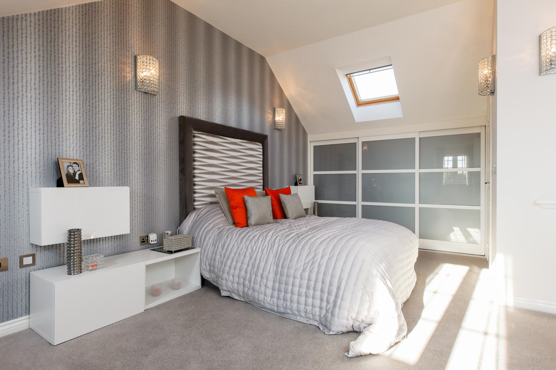 Taylor Wimpey Exeter - Cranbrook - Harton example bedroom
