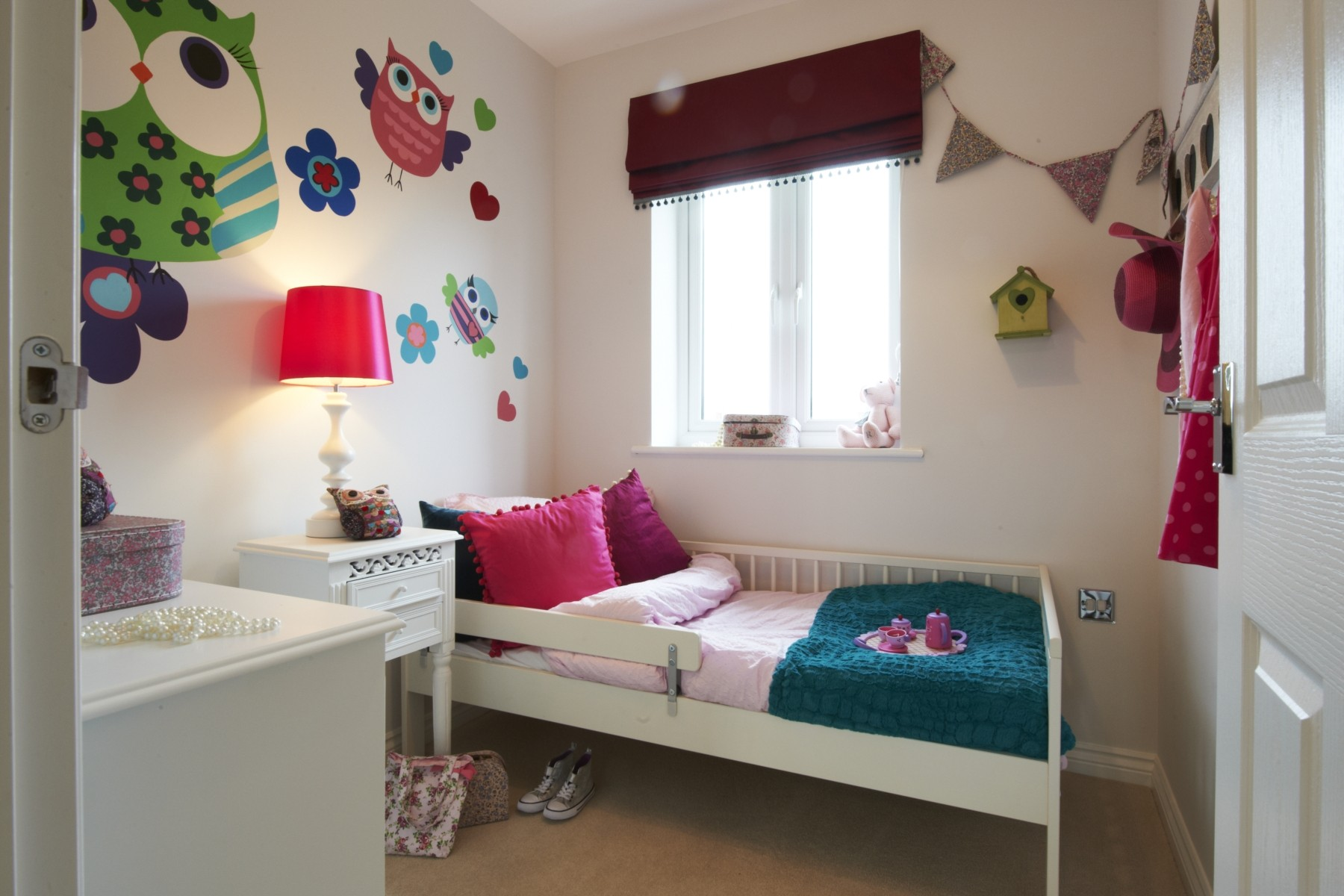 Taylor Wimpey Exeter - Cranbrook - Easdale example bedroom 3