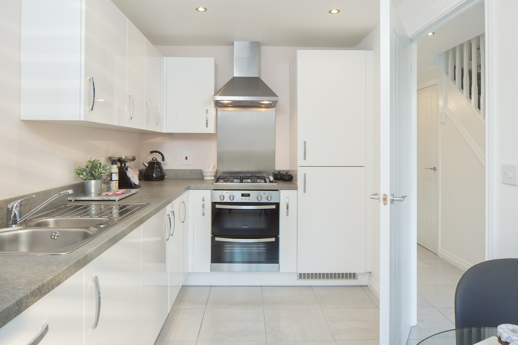 TW Exeter - Cranbrook - Flatford example kitchen 2