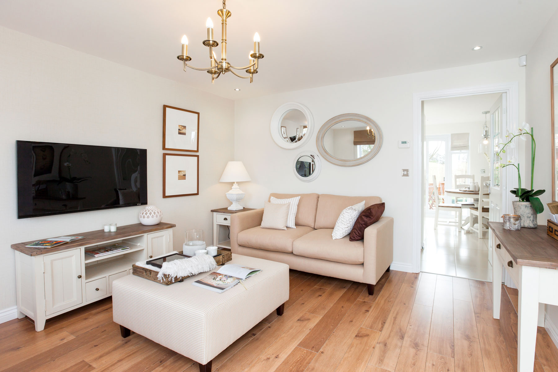 TW Exeter - Cranbrook - Gosford example living room 2