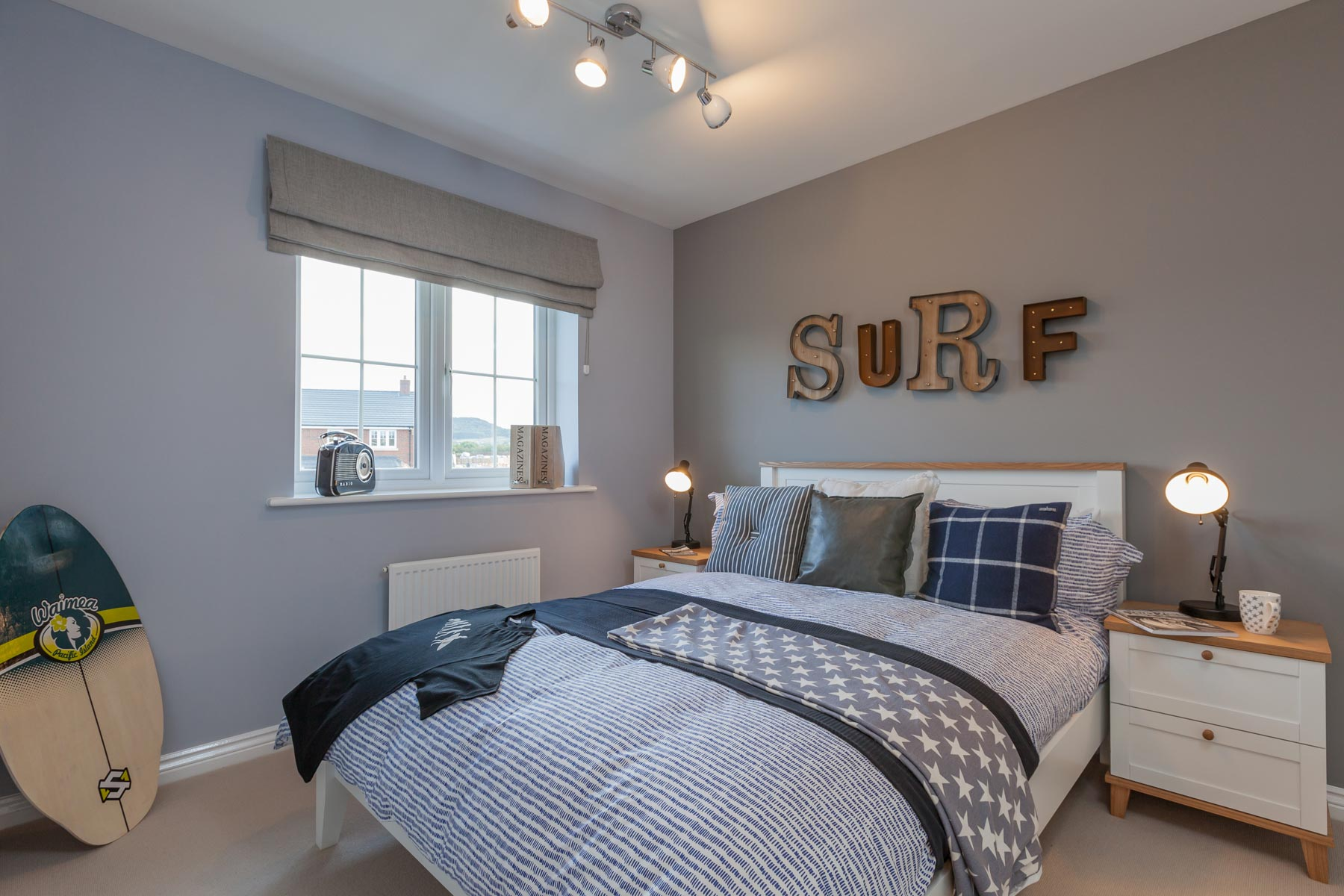 Taylor Wimpey Exeter - Cranbrook - Shelford example bedroom 3