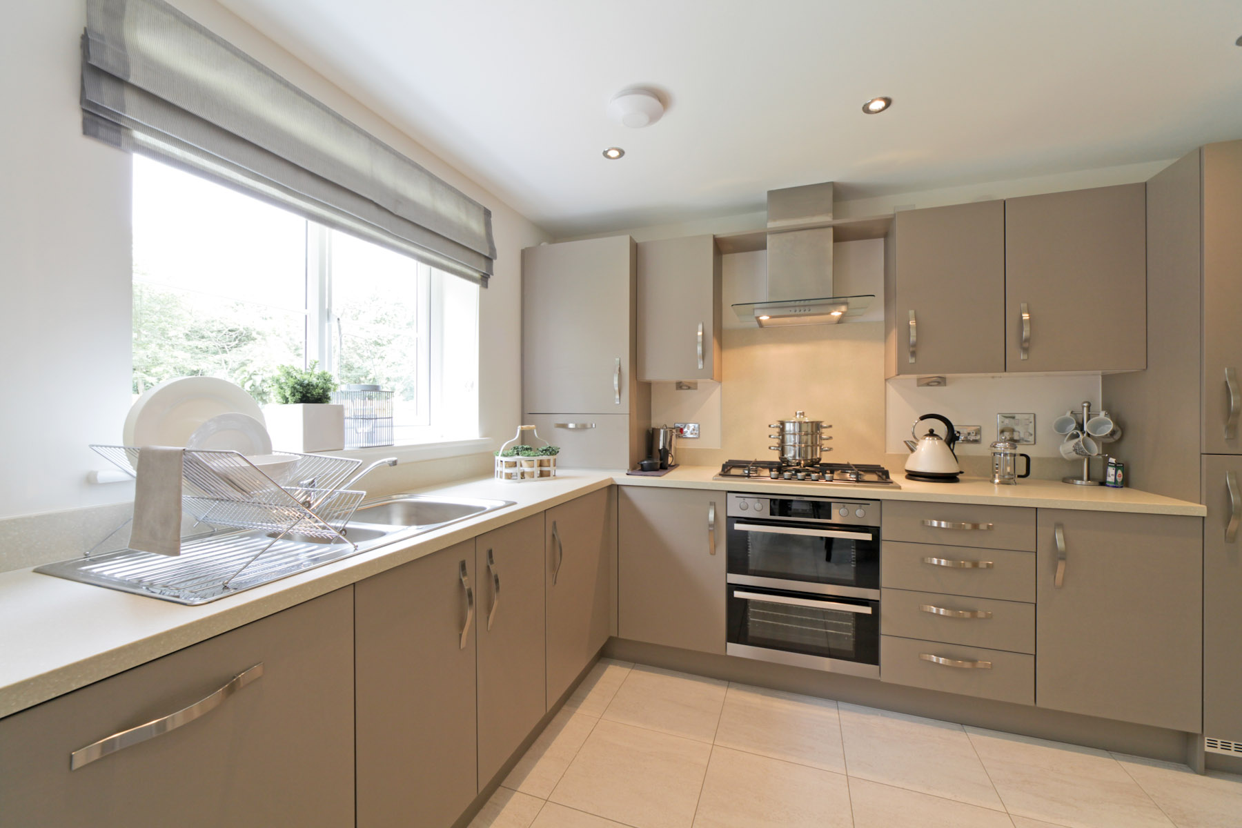 TW Exeter - Gwel An Hay - Midford example kitchen