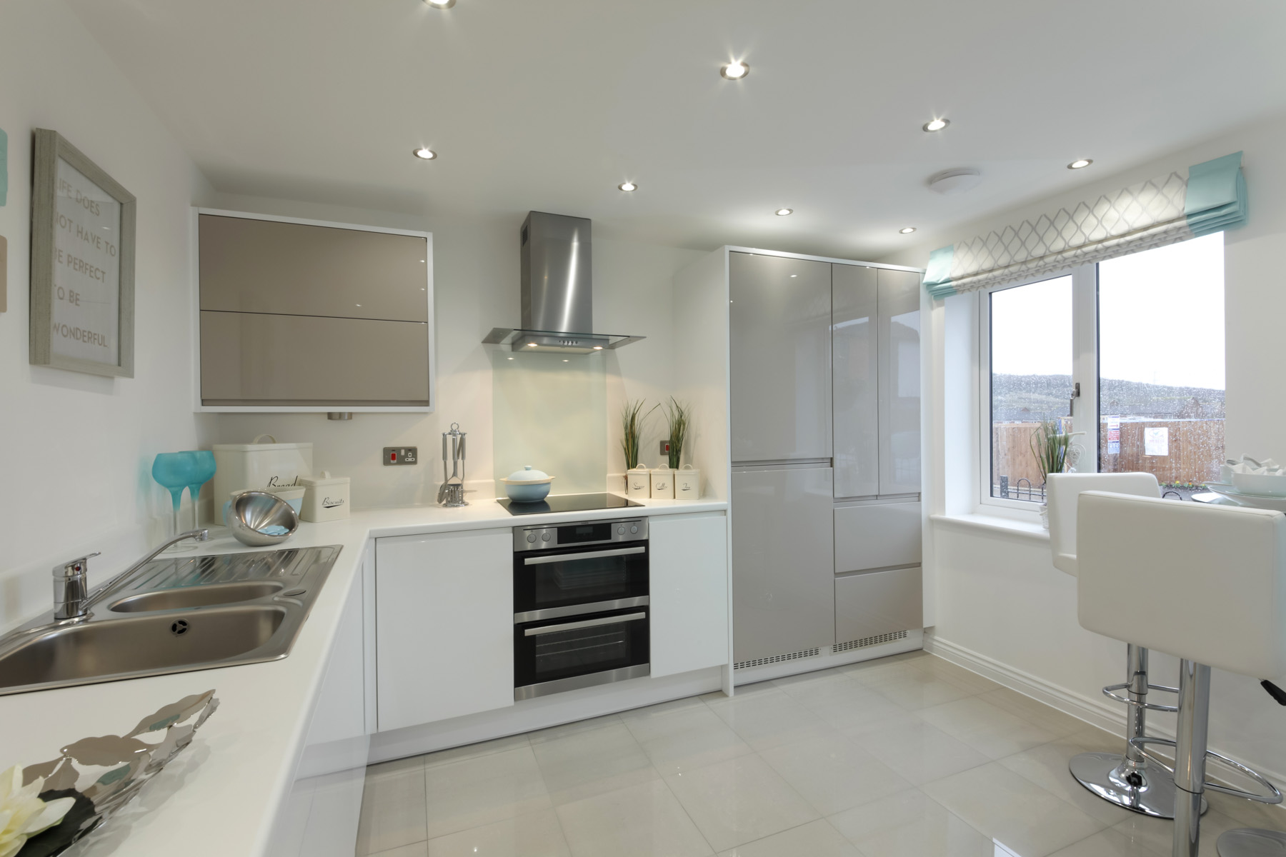 Hele Park Danbury example kitchen
