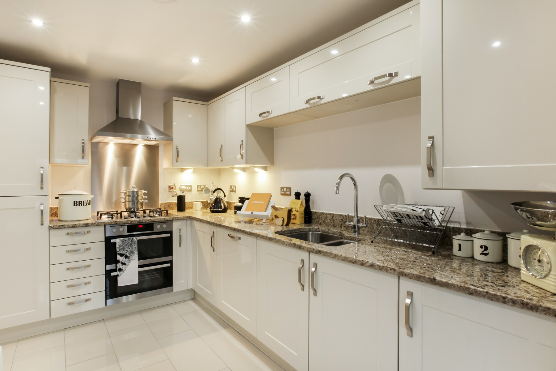 TW Exeter - Hele Park - Farleigh example kitchen