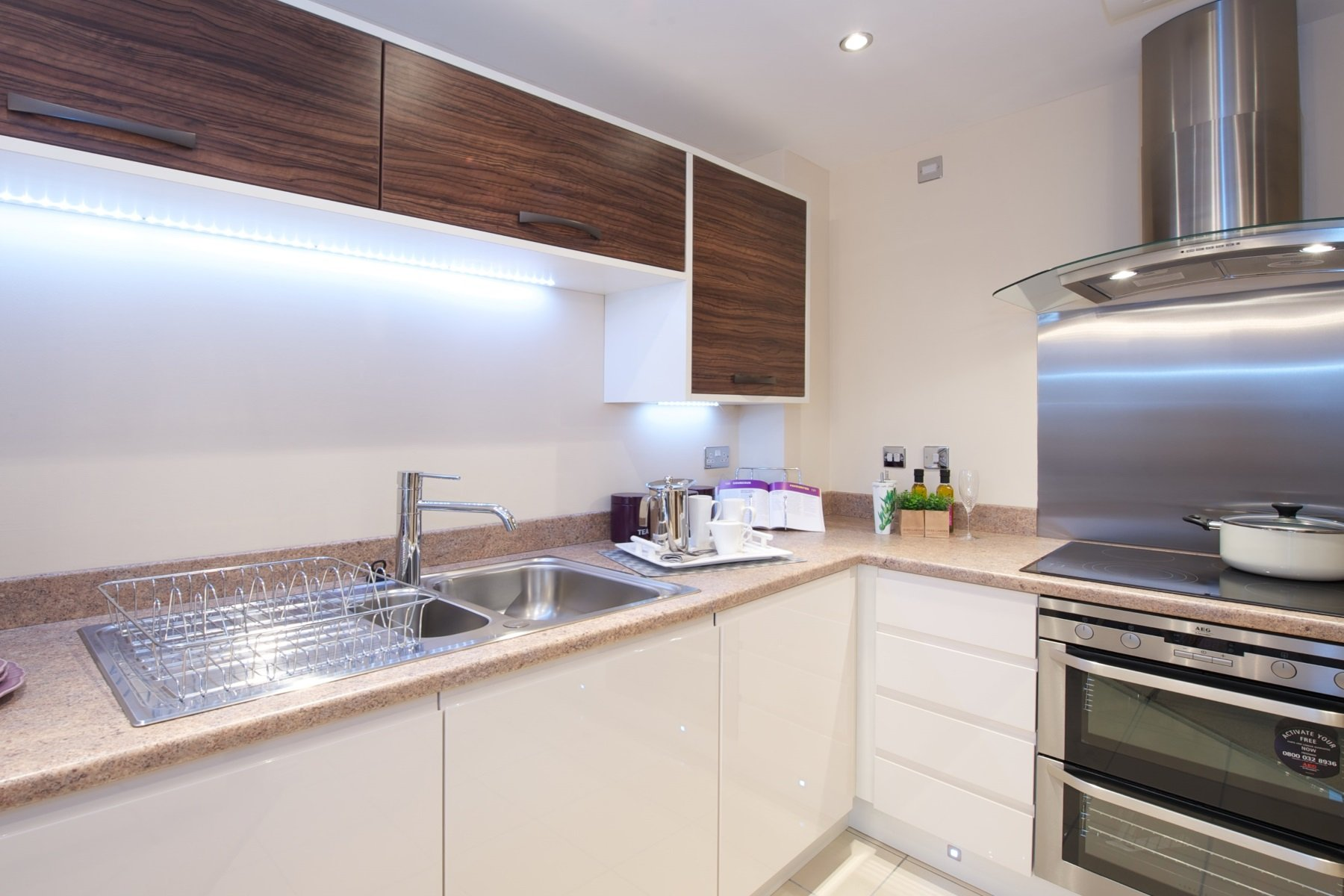 TW Exeter - Hele Park - Hawthorn example kitchen