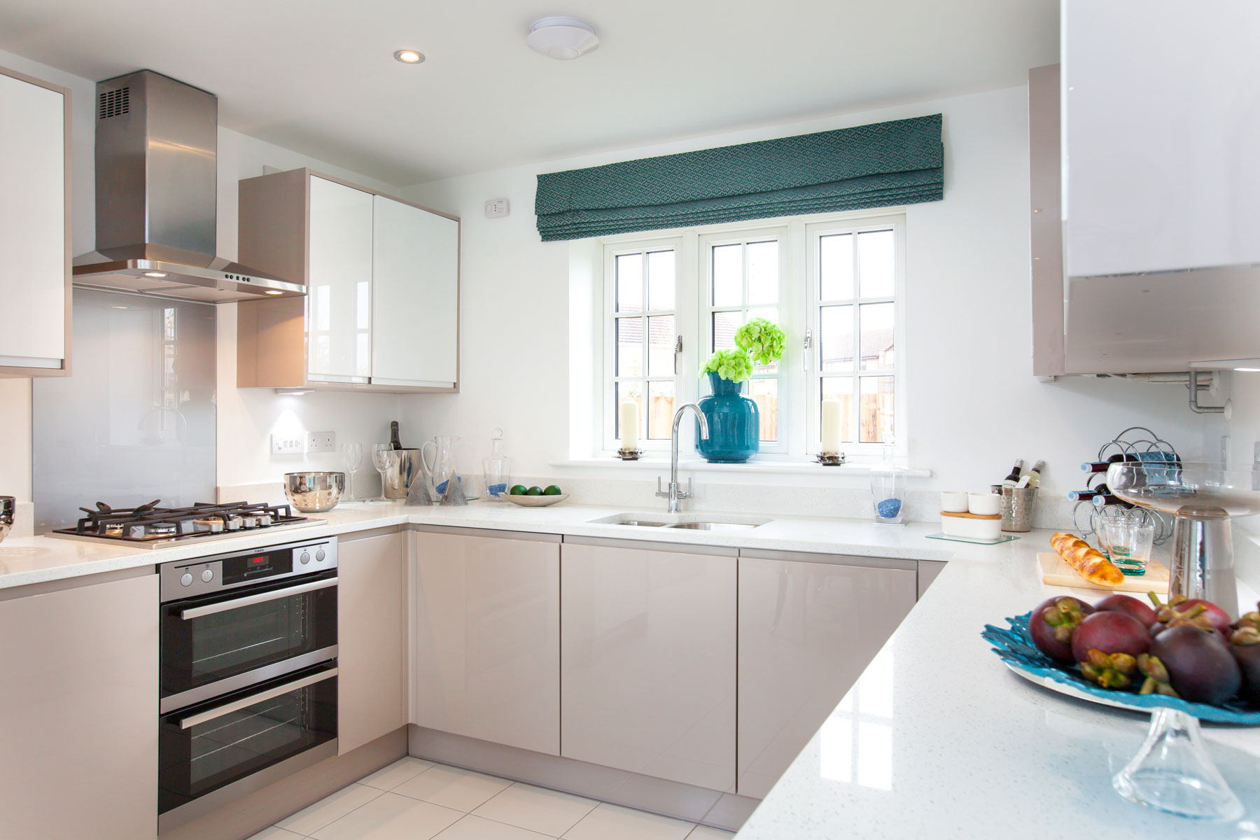 TW Exeter - Hele Park - Yewdale example kitchen