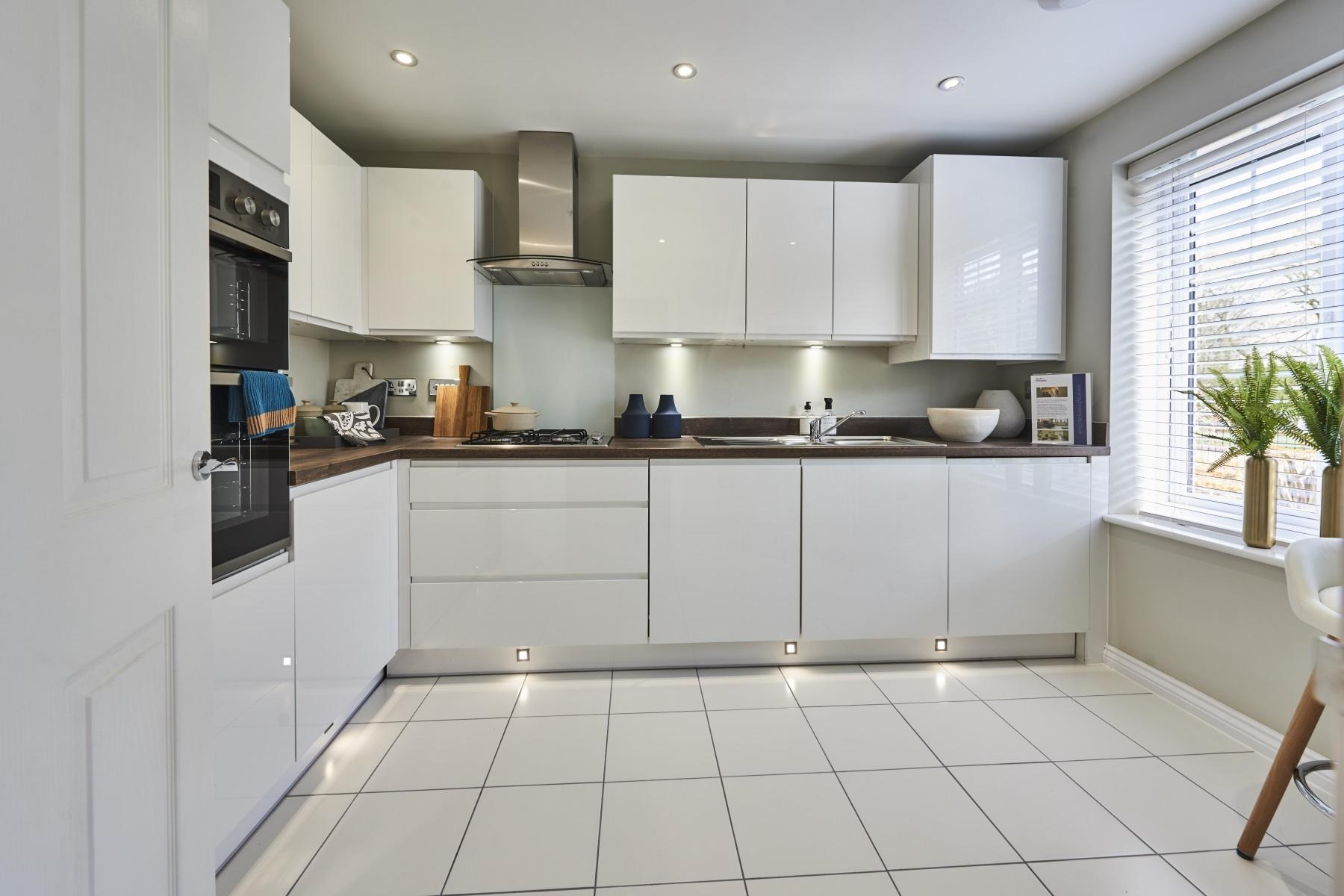 TW Exeter - Mayfield Gardens - Benford example kitchen