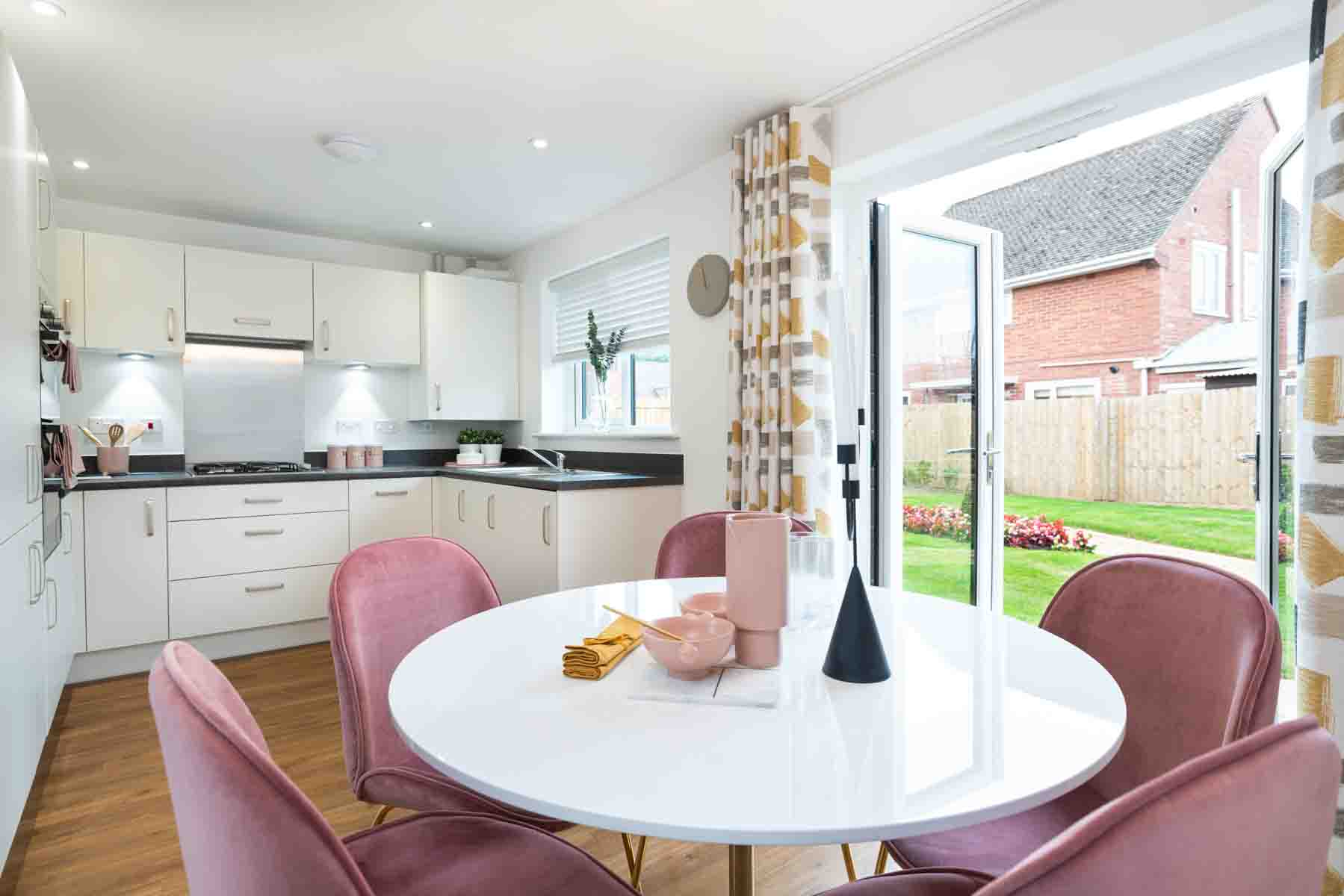 TW Exeter - Mayfield Gardens - Byford example kitchen 2
