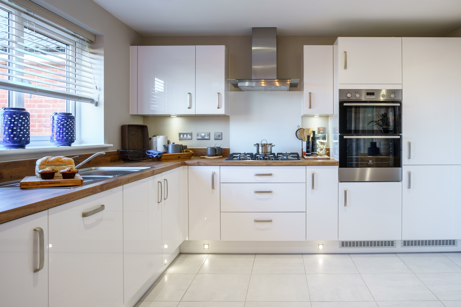 TW Exeter - Mayfield Gardens - Midford example kitchen