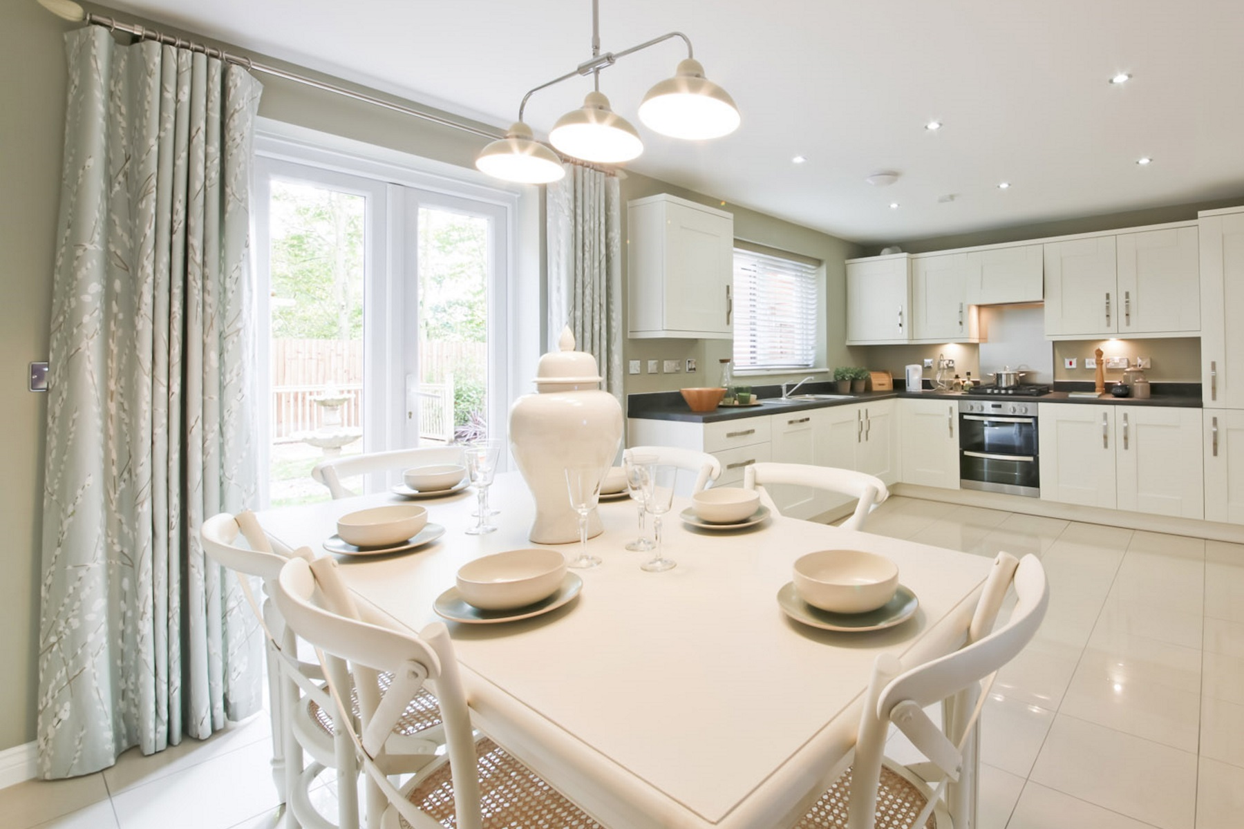 TW Exeter - Mayfield Gardens - Huxford example kitchen2