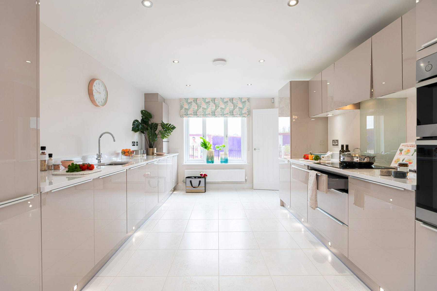 Taylor Wimpey - Mayfield Gardens - Marford kitchen
