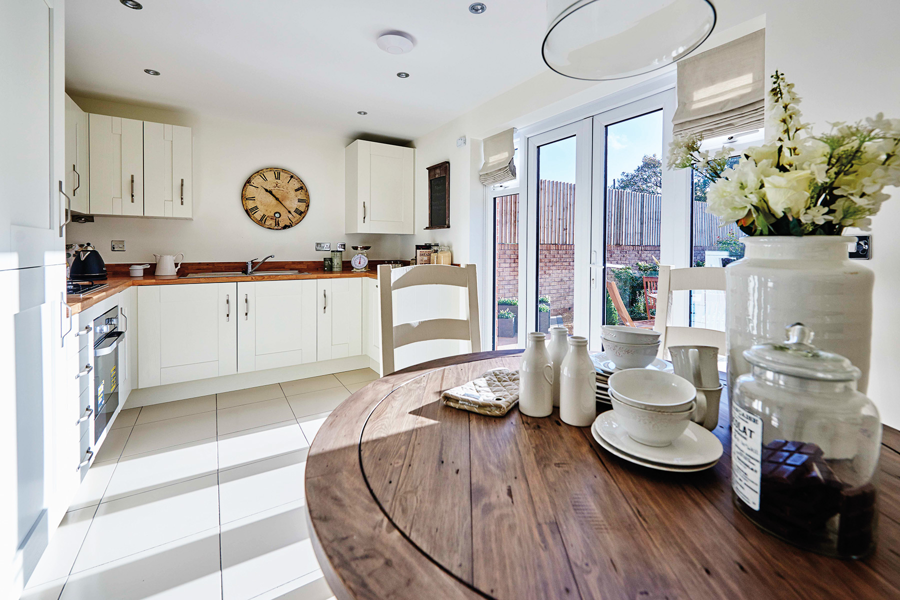 TW Exeter - Mountbatten Mews - Gosford example kitchen 2