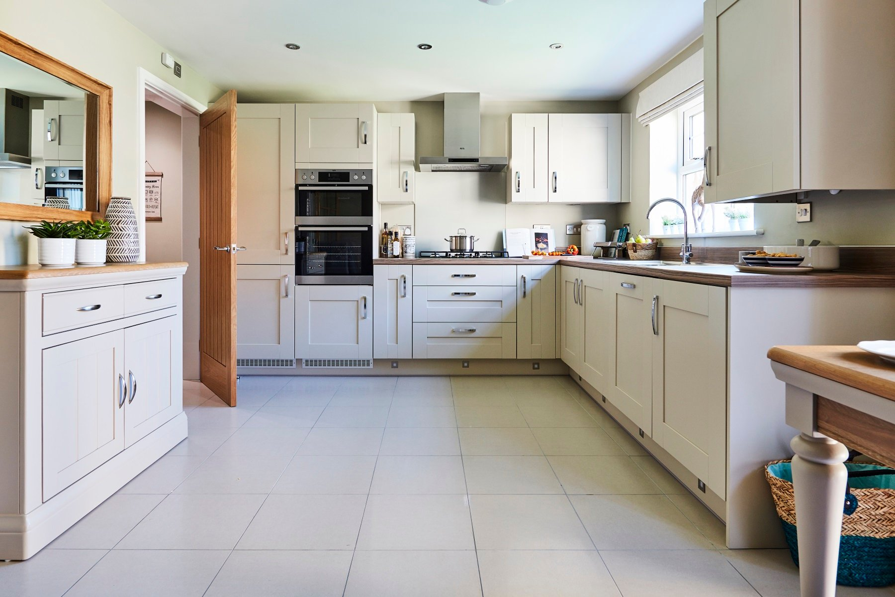 TW Exeter - Plumb Park - Knowle example kitchen