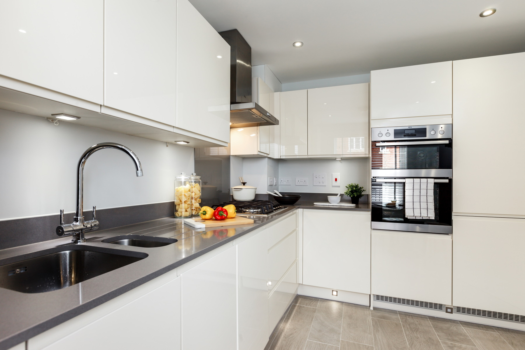 TW Exeter - Plumb Park - Withycome example kitchen