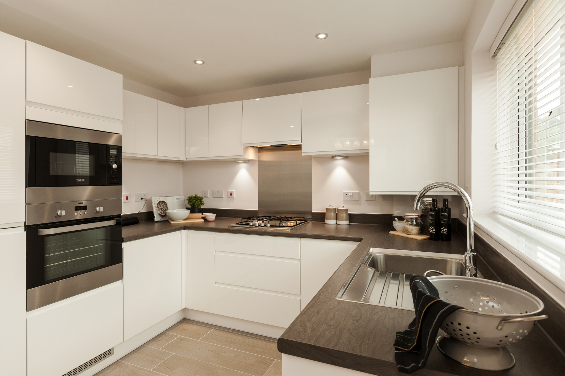 TW Exeter - Riverside Walk - Byford example kitchen