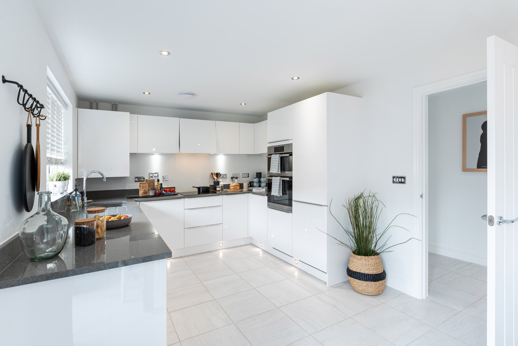 TW Exeter - Riverside Walk - Huxford example kitchen