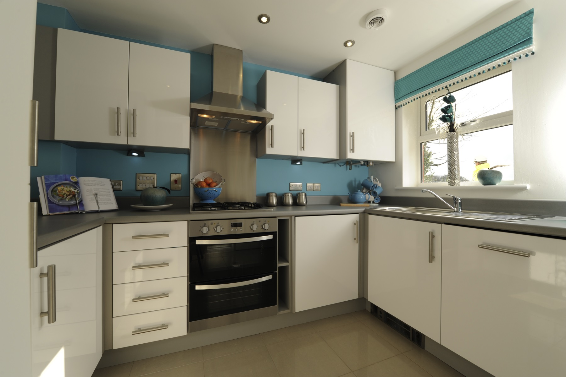 TW Exeter - Sherford - The Chestnut example kitchen