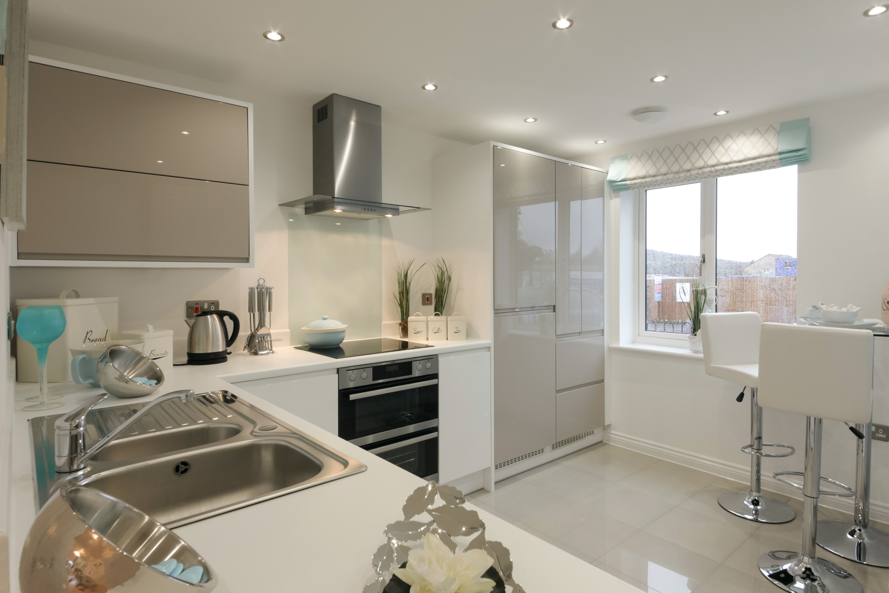 TW Exeter - Sherford - The Danbruy example kitchen