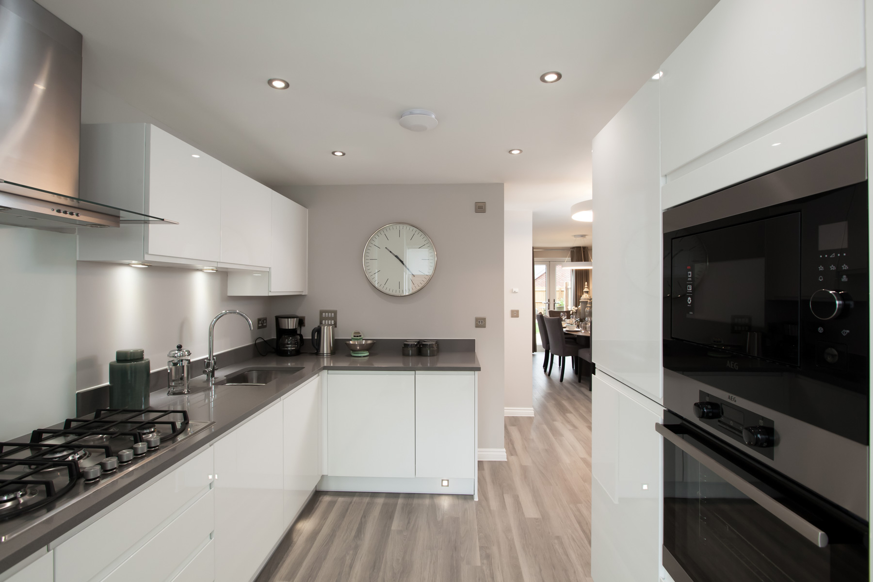 TW Exeter - Sherford - The Danbury example kitchen