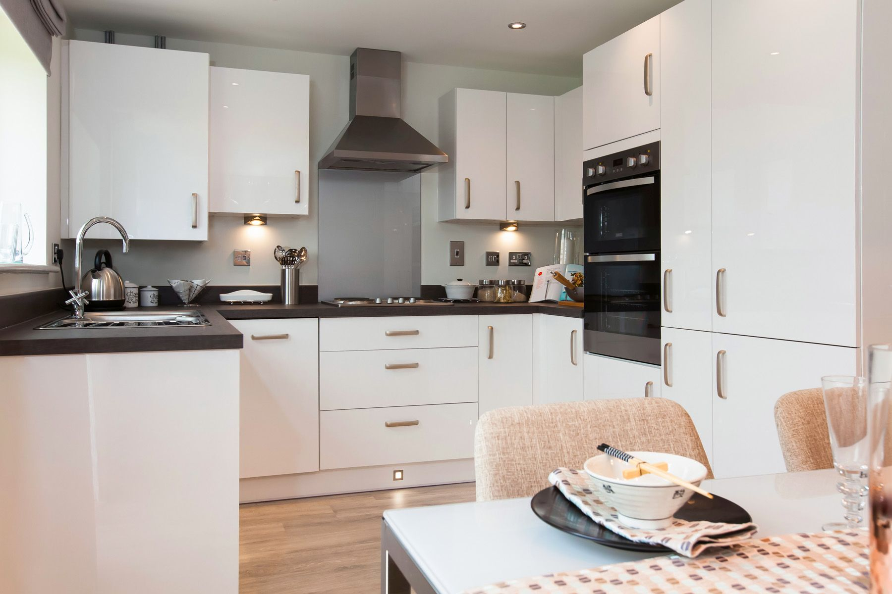 TW Exeter - Sherford - Juniper example kitchen 2